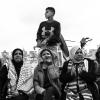 Un gruppo di donne con a capo l'attivista non vedente palestinese Budour Hassan protesta nei pressi della porta di Damasco