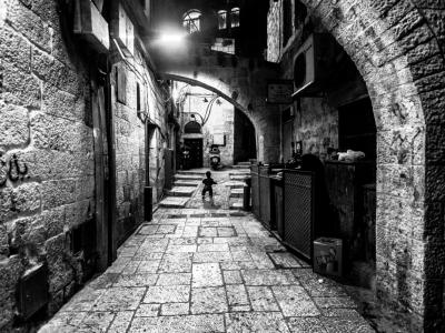 Scorcio notturno all'interno del quartiere musulmano
